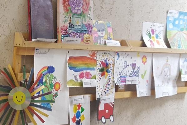 В АО « СИП РС» состоялась детская выставка посвященная дню защиты детей  «Разноцветные мечты».